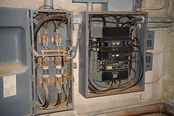 Time to Upgrade Your Electrical Panel in Houston   Texas