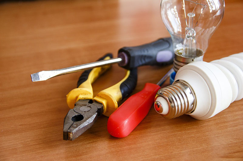 Electricians for Small Jobs in Houston